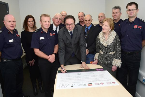 GMB sign charter as Hampshire Fire Service adopt Dying to Work campaign