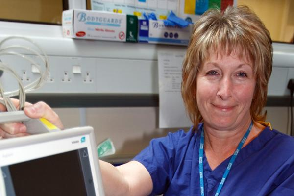 International Nurses' Day: GMB calls on Nursing and Midwifery Council to support workers
